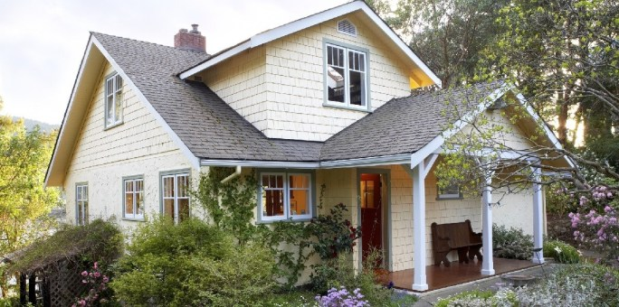 Exterior-of-a-Cottage-House_GettyImages