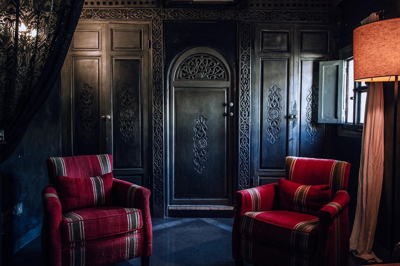 dark colors in interior design